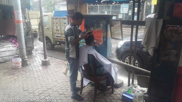 outdoor barbers in india