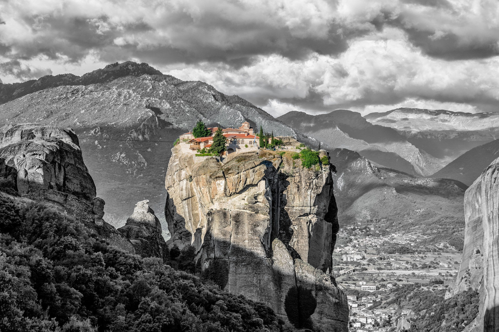 things to do in meteora